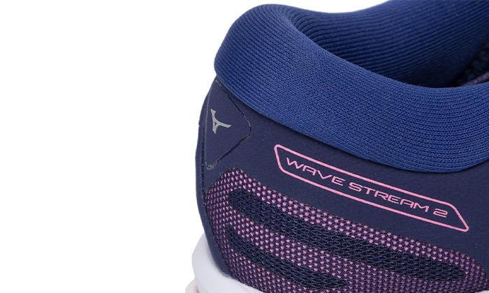 7 נעלי ספורט לנשים מיזונוMizuno