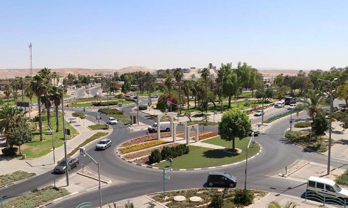 """8 מלון ענבר ערד - חופשה בנוף המדברי, גם בסופ""""ש"""