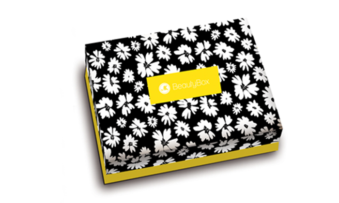 4 מארז ביוטי בוקס BeautyBox של מגזין את במשלוח עד הבית לכל הארץ