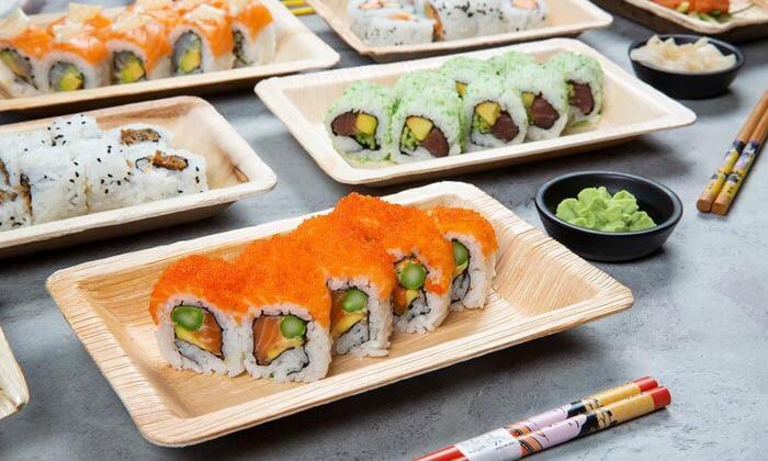 13 ארוחה משפחתית ב-T.A או משלוח ממסעדת NUCHI, כיכר המדינה