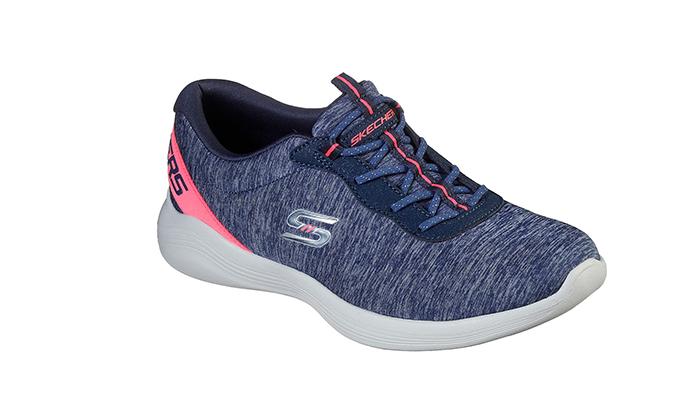 4 נעליים לנשים סקצ'רס SKECHERS
