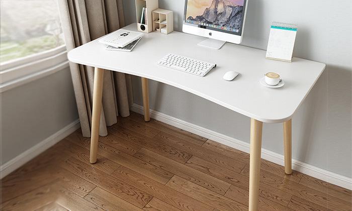 5 שולחן מחשב BARI - מתצוגה