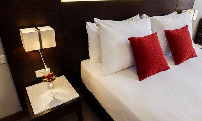 8 חופשה קולינרית במלון קיסר פרמייר אילת, כולל שייט והפתעות
