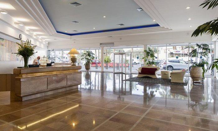 12 חופשה קולינרית במלון קיסר פרמייר אילת, כולל שייט והפתעות