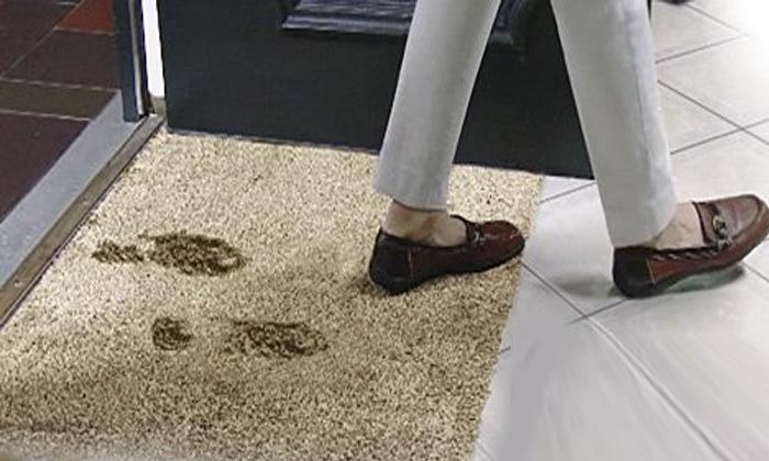 4 שטיח הקסם - למניעת סימני לכלוך בבית