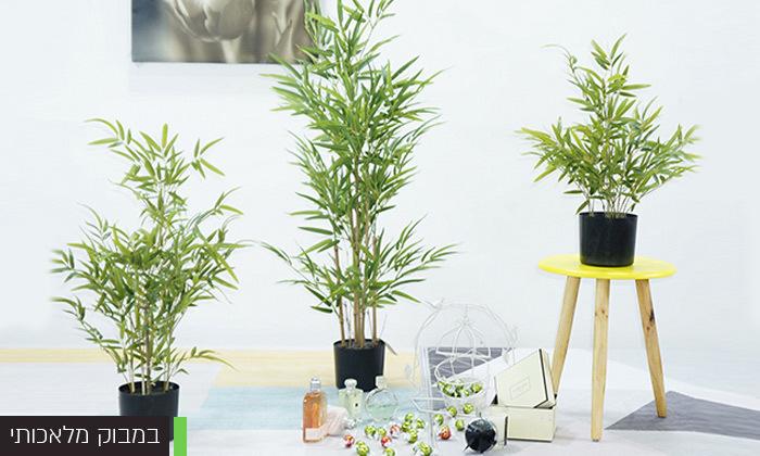 3 צמחים מלאכותיים עם מעמדים