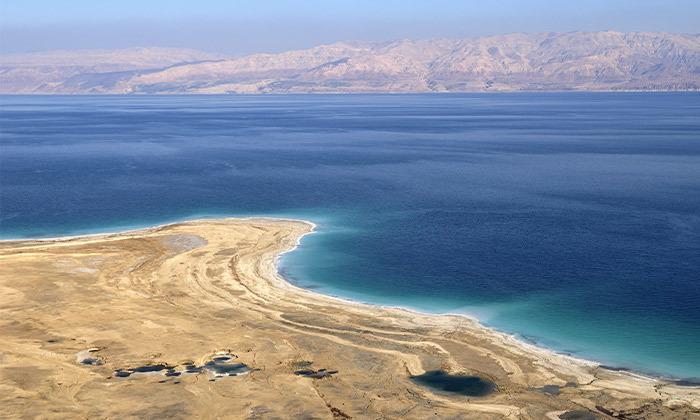 9 חופשה בכפר הנופש אלמוג סמוך לחופי ים המלח