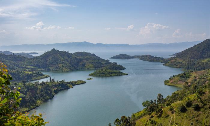 7 טיול מאורגן לרואנדה: טיסות, 7 לילות , פנסיון מלא וסיורים