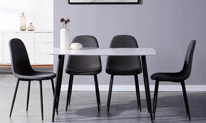 2 פינת אוכל לבנה עם 4 כיסאות בריפוד אפור