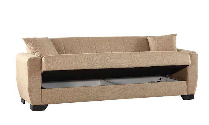 8 ספה תלת מושבית וספה זוגית, כולל 4 כריות נוי