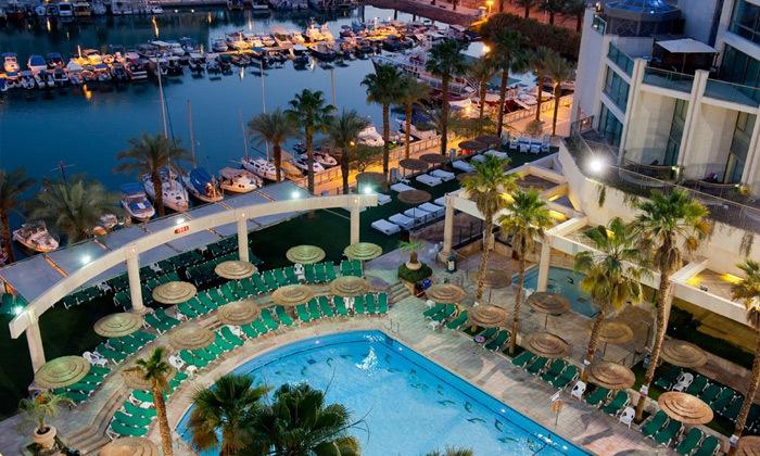 2 חופשה במלון יו מג'יקפאלאס אילת, רשת פתאל