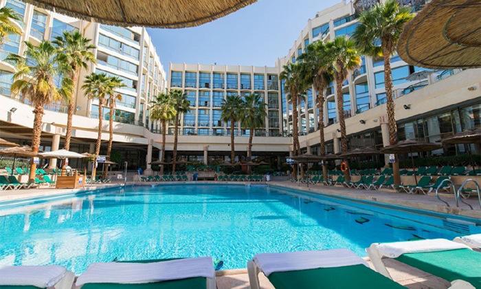 15 חופשה במלון יו מג'יקפאלאס אילת, רשת פתאל