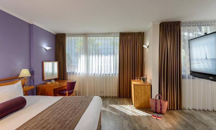 3 חופשת הכל כלול באילת, מלון לאונרדו פריויליג', רשת פתאל