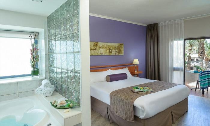 10 חופשת הכל כלול באילת, מלון לאונרדו פריויליג', רשת פתאל
