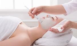טיפול פנים ב-M.K.Beauty