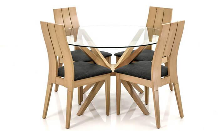 5 שמרת הזורע: פינת אוכל עם 4 כיסאות מרופדים