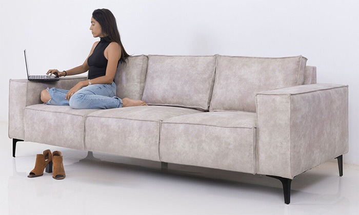 6 שמרת הזורע: ספה תלת-מושבית