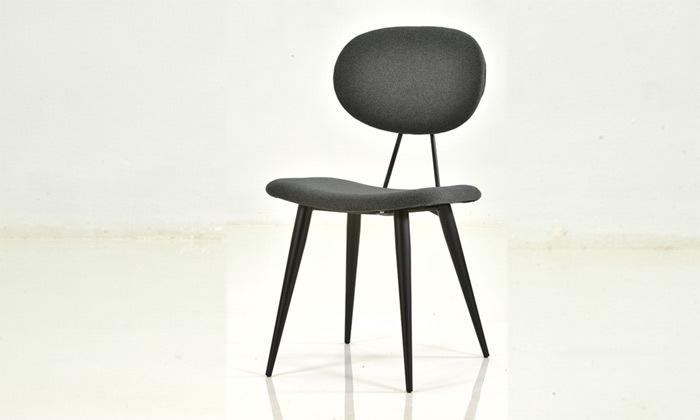 4 שמרת הזורע: כיסא אוכל מרופד דגם ניב