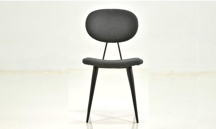 3 שמרת הזורע: כיסא אוכל מרופד דגם ניב