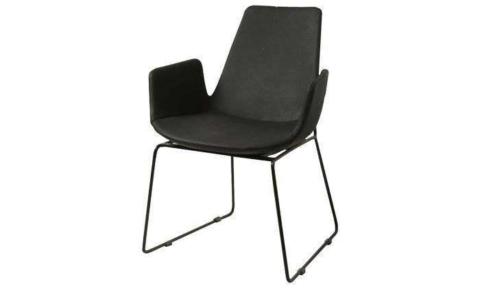 3 זוג כיסאות בצבע שחור