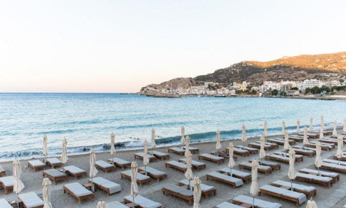4 חופשת הקיץ שלכם: 3/4 לילות באי היווני קרפאטוס עם מלון 5 כוכבים Deluxe