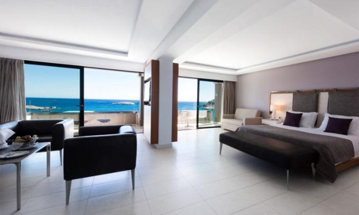 12 חופשת הקיץ שלכם: 3/4 לילות באי היווני קרפאטוס עם מלון 5 כוכבים Deluxe