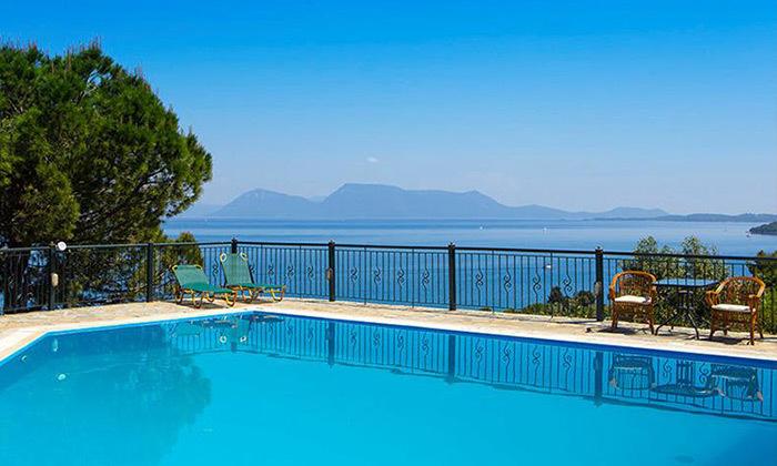 16 חופשת קיץ באי היווני לפקדה, 7 לילות במלון 5 כוכבים עם בריכה