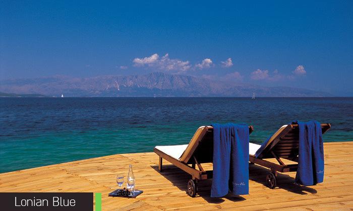 12 חופשת קיץ באי היווני לפקדה, 7 לילות במלון 5 כוכבים עם בריכה