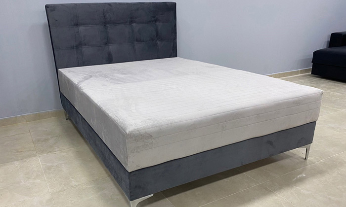 8 מיטה מרופדת עם ארגז מצעים ומזרן OR design, דגם קלייר