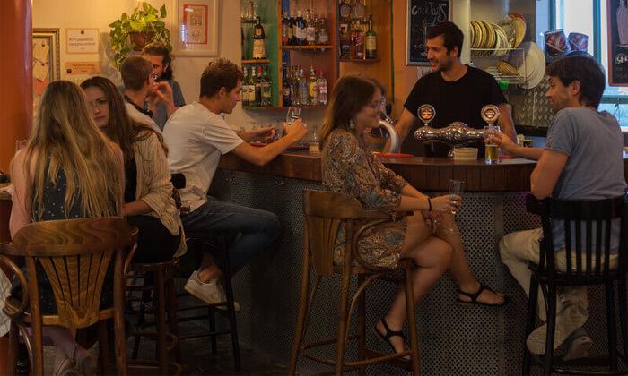 9 אירוח לזוג או משפחה באברהם הוסטל - ירושלים, גם בחגים ומועדים