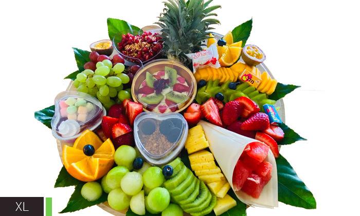 5 מגשי פירות וסושי מתוק באיסוף מבייקפרי ראש העין, משלוח בתשלום