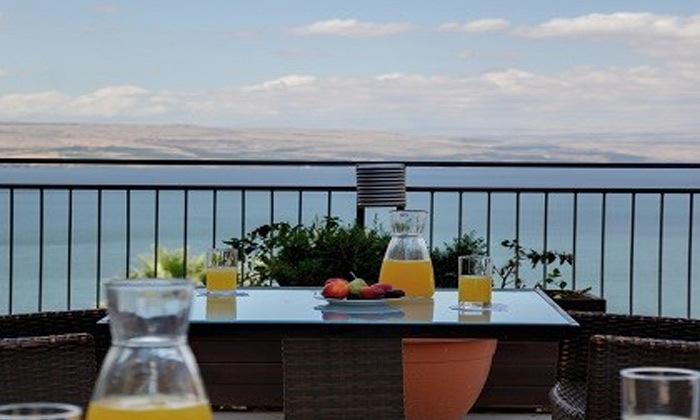 4 חופשה זוגית במלון גולן טבריה מול נופי הכנרת