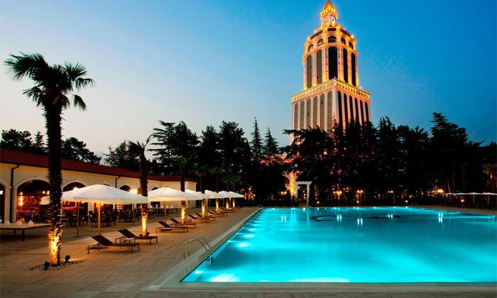 2 חופש בבטומי: טיסות ישירות ו-3/4 לילות במלון 5 כוכבים בציון מעולה