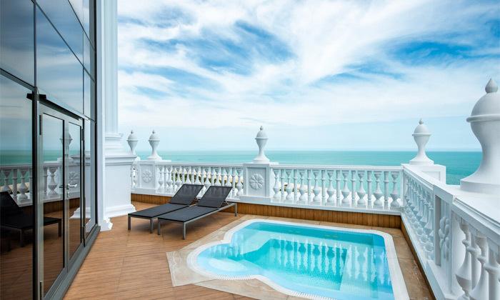 11 חופש בבטומי: טיסות ישירות ו-3/4 לילות במלון 5 כוכבים בציון מעולה