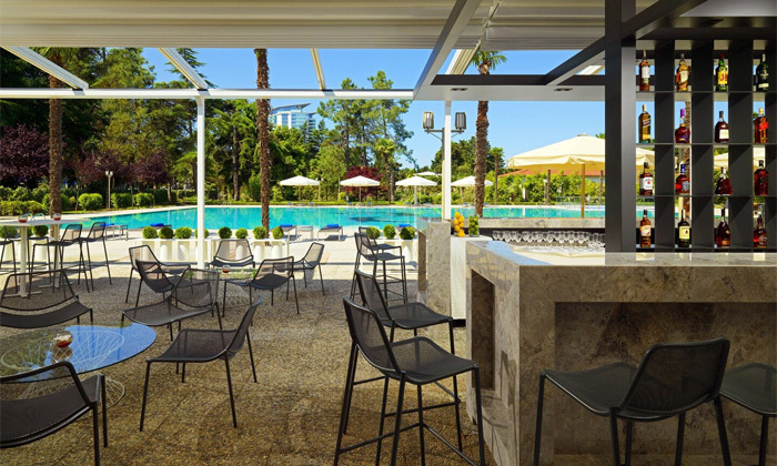 12 חופש בבטומי: טיסות ישירות ו-3/4 לילות במלון 5 כוכבים בציון מעולה