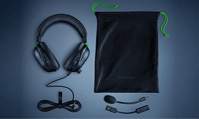3 אוזניות גיימינגחוטיות RAZER דגםBlackShark V2 USB