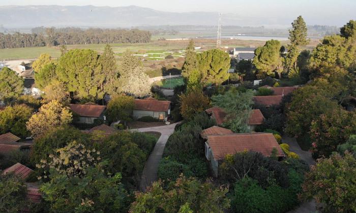 7 כפר הנופש נופי גונן בגליל: חופשה בבקתת עץ עם ג'קוזי וארוחת בוקר
