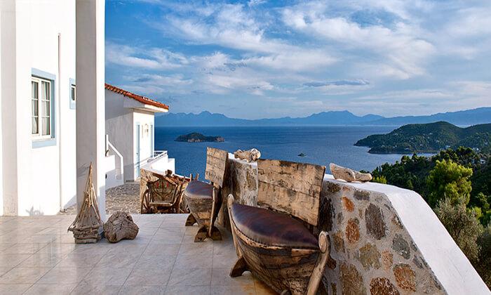 """7 קיץ יווני לכל המשפחה: 4/5 לילות באי סקיאתוס, כולל סופ""""ש"""