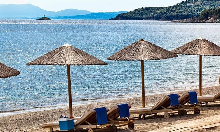 """8 קיץ יווני לכל המשפחה: 4/5 לילות באי סקיאתוס, כולל סופ""""ש"""