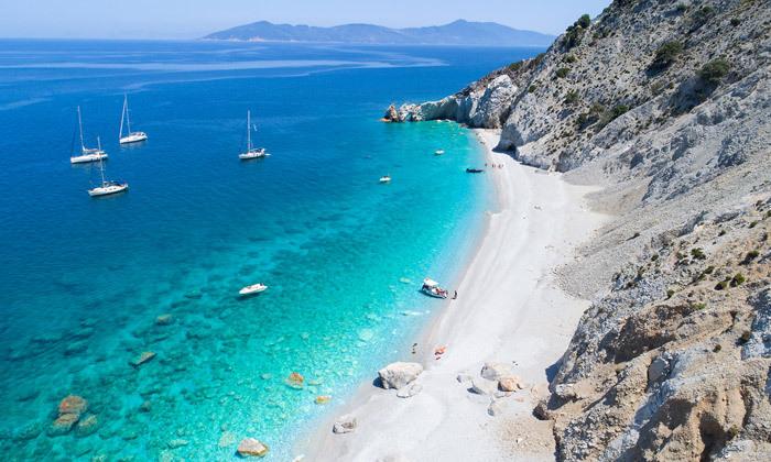 """2 קיץ יווני לכל המשפחה: 4/5 לילות באי סקיאתוס, כולל סופ""""ש"""