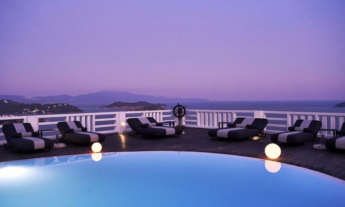 """9 קיץ יווני לכל המשפחה: 4/5 לילות באי סקיאתוס, כולל סופ""""ש"""