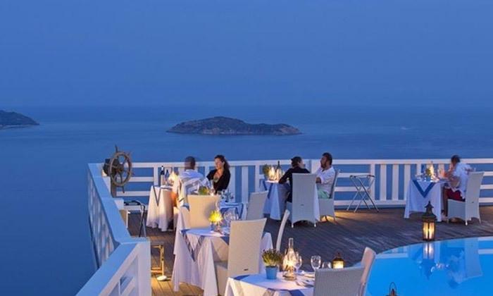 """10 קיץ יווני לכל המשפחה: 4/5 לילות באי סקיאתוס, כולל סופ""""ש"""