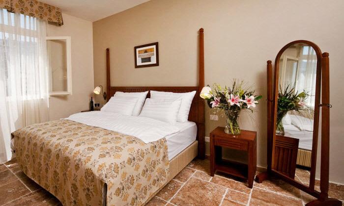 3 לילה במלון קולוני במושבה הגרמנית, חיפה