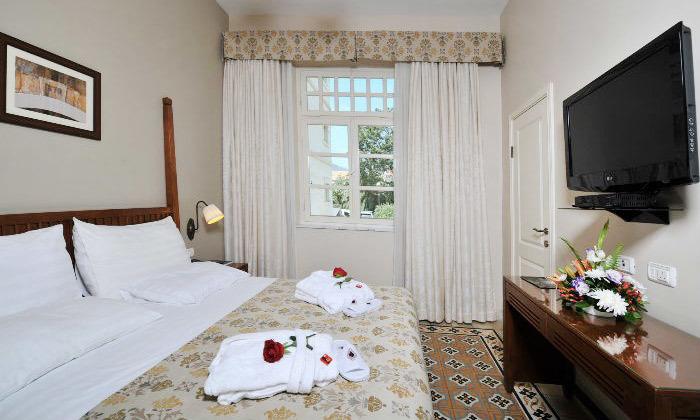 6 לילה במלון קולוני במושבה הגרמנית, חיפה