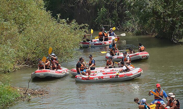 6 שייטקיאקים בפארק הירדן, אבו קיאק, גם בשישי