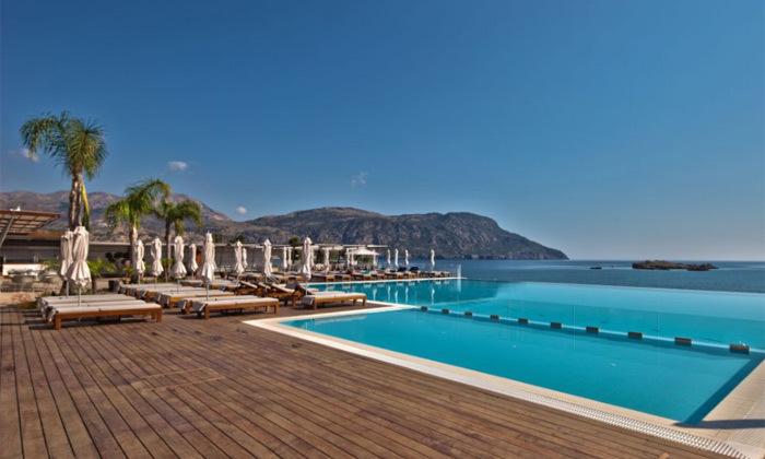 """9 חופשת יוונית בקרפאטוס: 3/4 לילות במלון 5 כוכבים Deluxe, כולל סופ""""ש"""