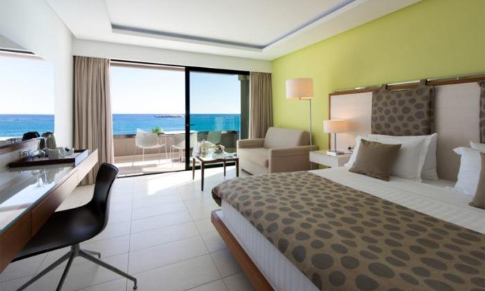 """11 חופשת יוונית בקרפאטוס: 3/4 לילות במלון 5 כוכבים Deluxe, כולל סופ""""ש"""