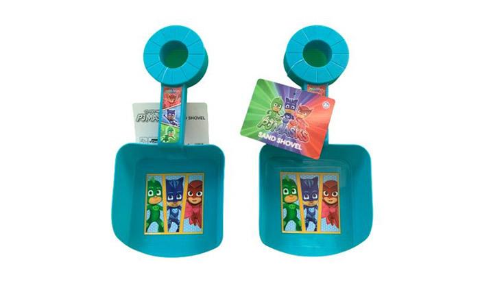 10 3 אביזרי בריכה וים לילדים לבחירה:משקפת פלסטיק, מצופיםוכף חול