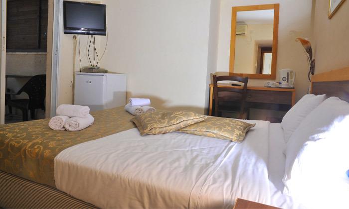 """5 חופשה במלון לה פרלה כנרת וכניסה לחמי טבריה, כולל אופציה לסופ""""ש"""