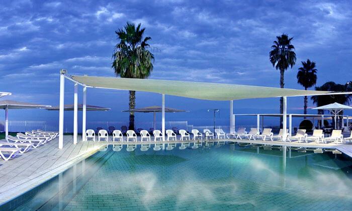 """9 חופשה במלון לה פרלה כנרת וכניסה לחמי טבריה, כולל אופציה לסופ""""ש"""